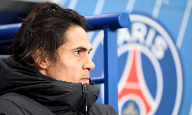 Edinson Cavani stays on at PSG for the rest of the season