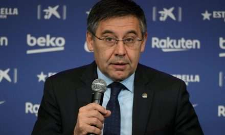 "Bartomeu: ""Playing Napoli behind closed doors will cost Barcelona €6m."""
