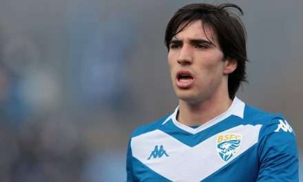Barcelona interested in Brescia midfielder Sandro Tonali