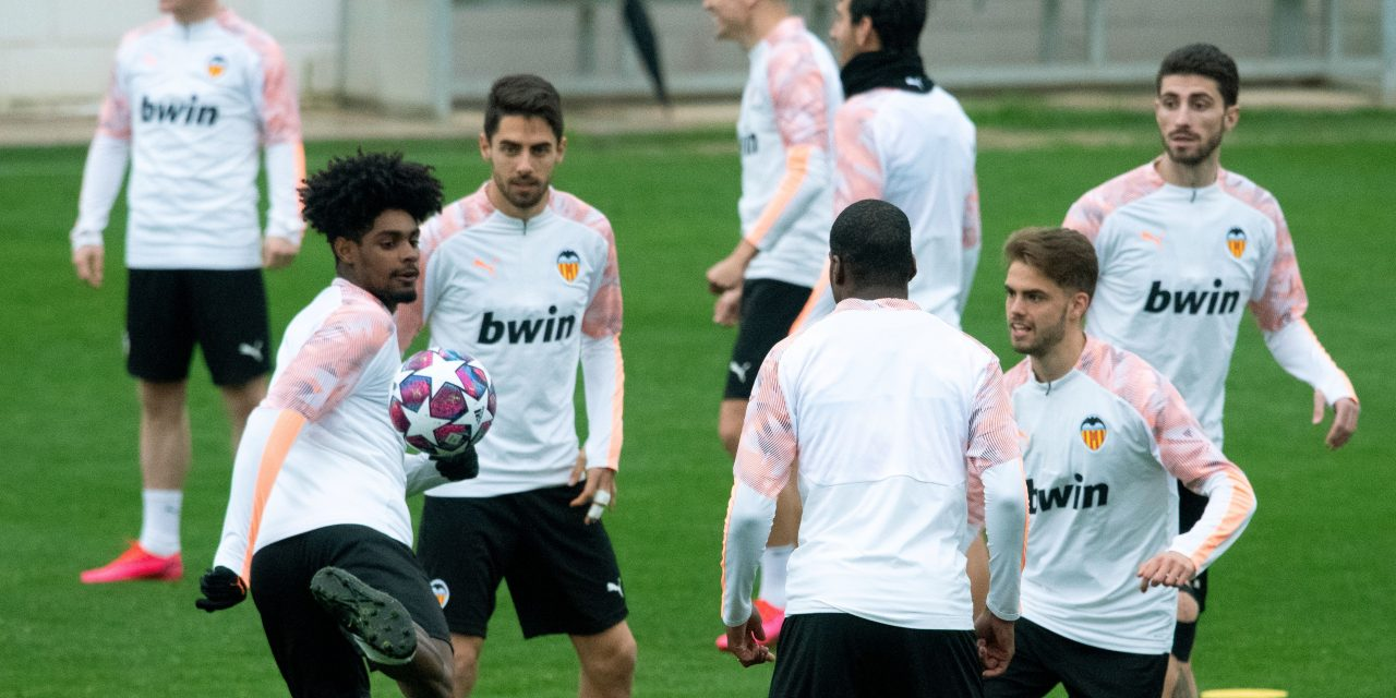 Valencia aim to return to training on April 13