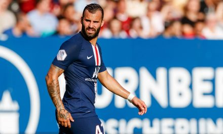 Jesé picks up Ligue 1 winners medal after playing just one minute with PSG