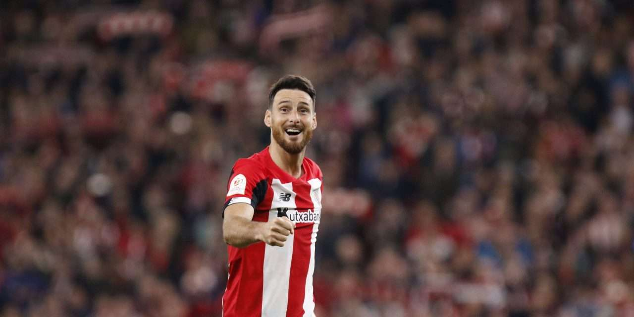 """Aritz Aduriz: """"The Super Cup final win over Barcelona is the most memorable match of my career."""""""