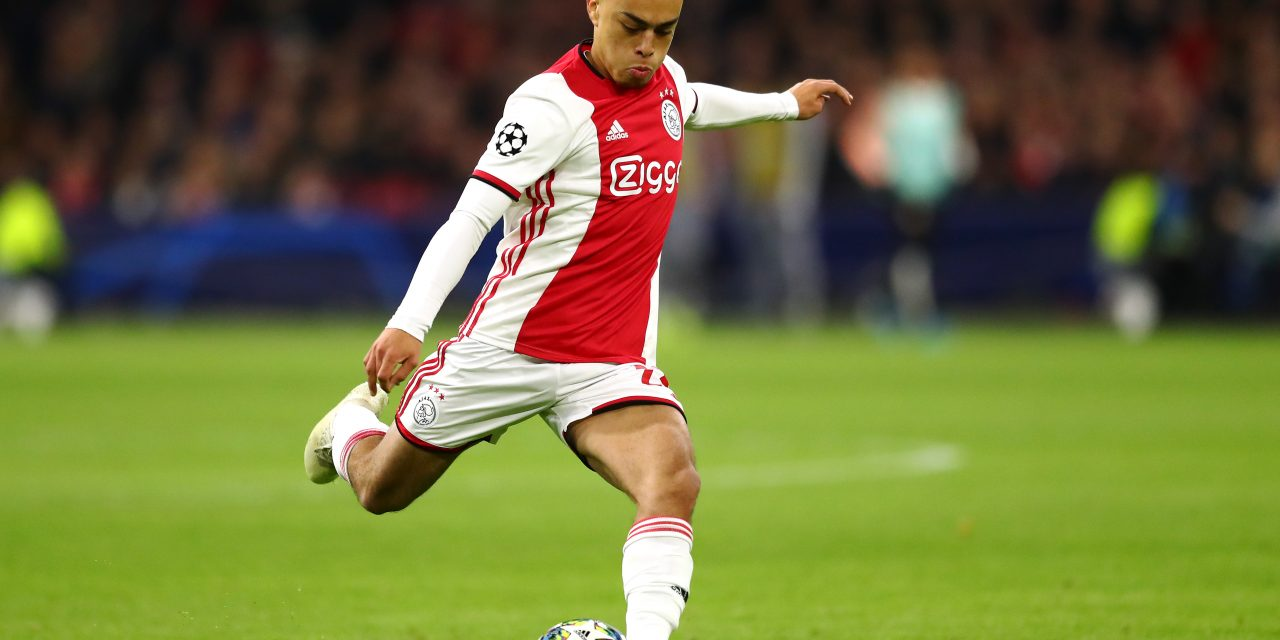 Barcelona and Bayern Munich interested in Ajax defender Sergiño Dest