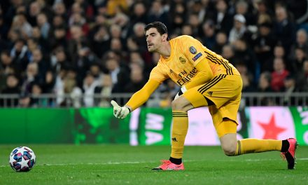 "Thibaut Courtois: ""Handing Barcelona the league title would be unfair."""