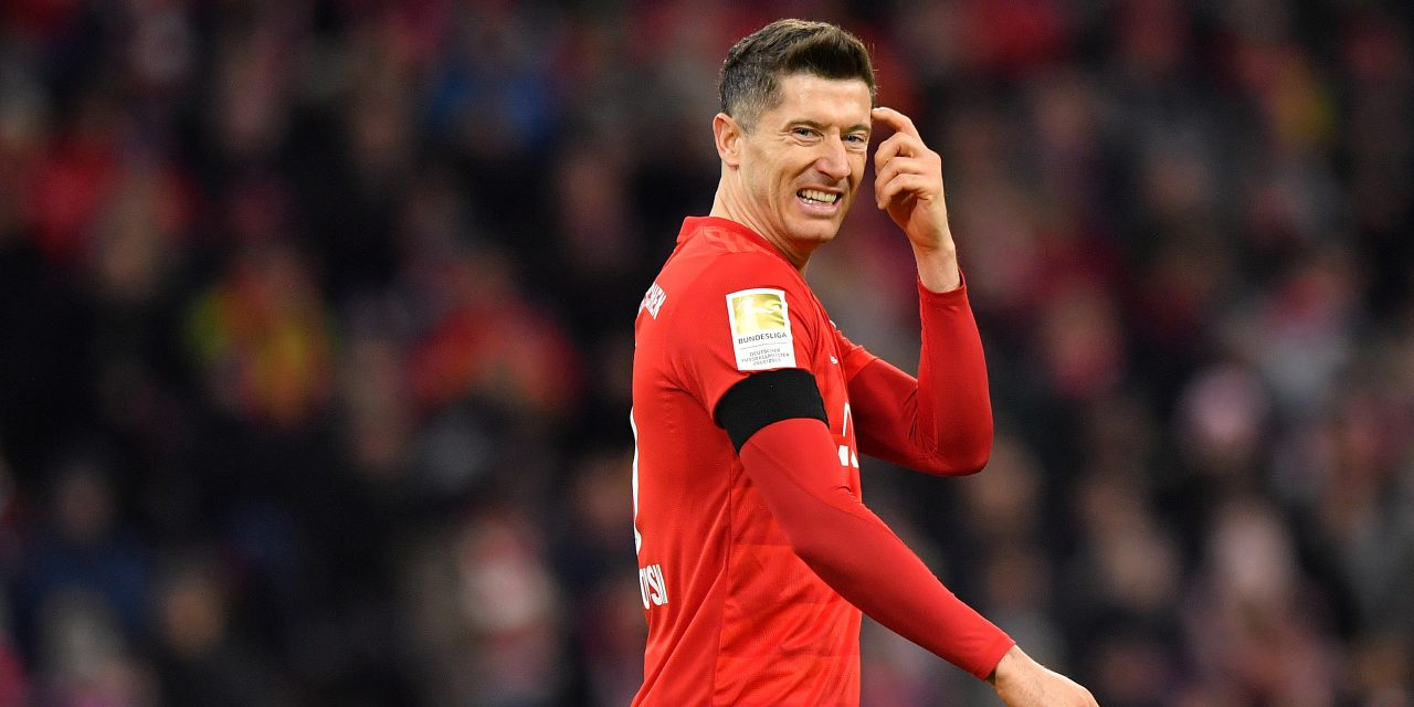 Lewandowski names two La Liga strikers in his top five in the world