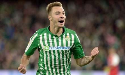 Official | Loren Morón signs contract extension at Real Betis until 2024