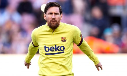 Lionel Messi misses first-team training through injury