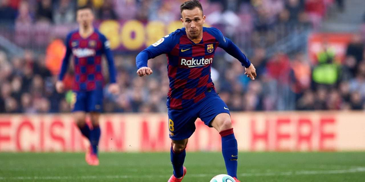 Barcelona midfielder Arthur accepts offer to join Juventus