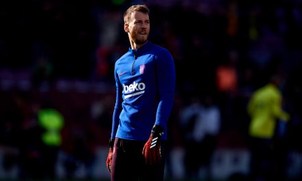 Sheffield United look to Barcelona goalkeeper Neto