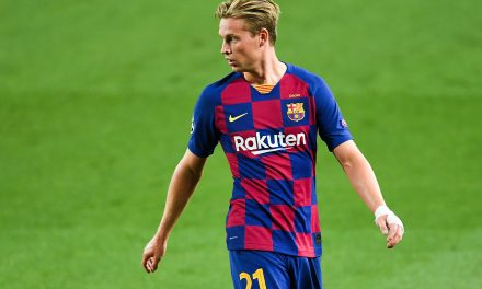 "Ronald Koeman: ""Frenkie de Jong is the future of Barcelona."""
