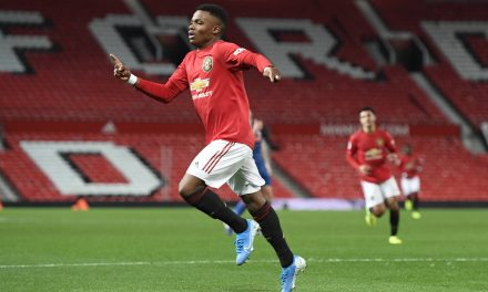 Official   Almería sign former Manchester United player Largie Ramazani