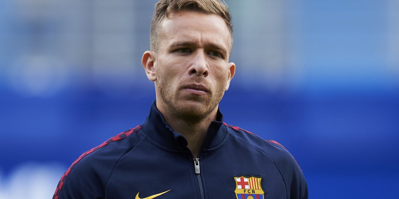 Arthur Melo's lawyers to meet with Barcelona over player's decision to remain in Brazil