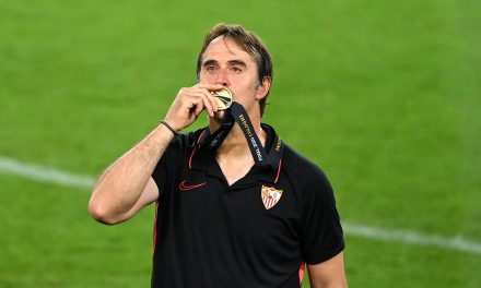 """Julen Lopetegui: """"My 90-year-old father drank a whiskey to celebrate Sevilla's Europa League victory."""""""
