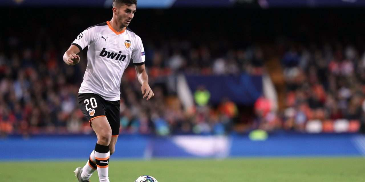 Ferran Torres to undergo medical in Barcelona ahead of completing move to Man City