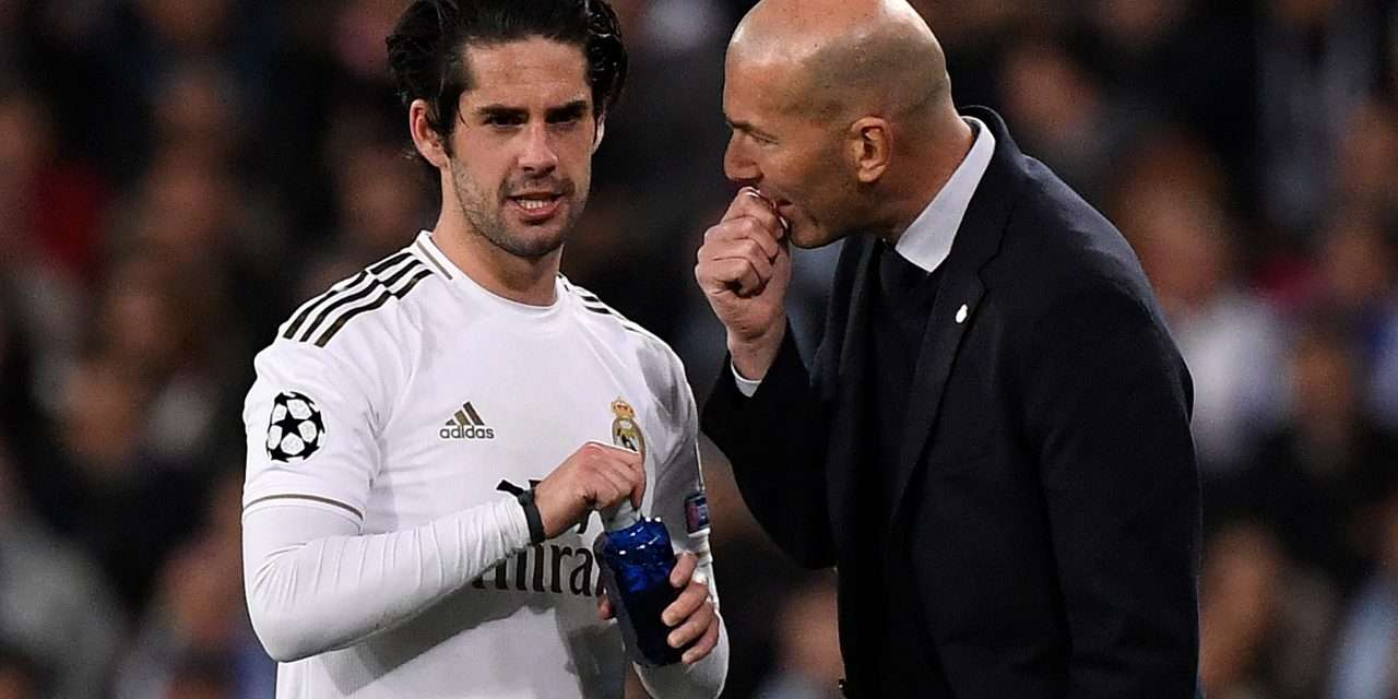 Isco caught on camera complaining about role under Zinedine Zidane